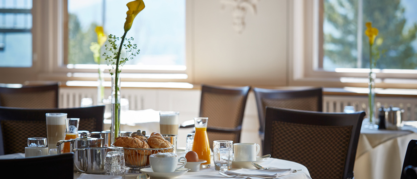 Switzerland_St.Moritz_Hotel-Schweizerhof_Breakfast room.jpg